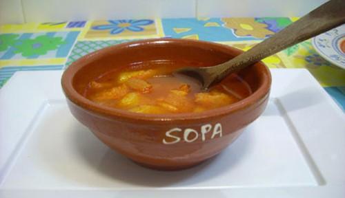 Sopa de ajo y patata