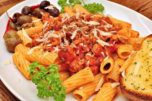 Mmm... rigatoni with Italian sausage and tomato sauce