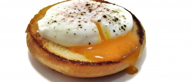 Huevos-al-vino-tinto-665x288.jpg