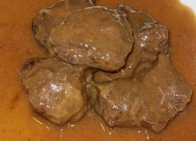 Carrillada: Un plato típico español.