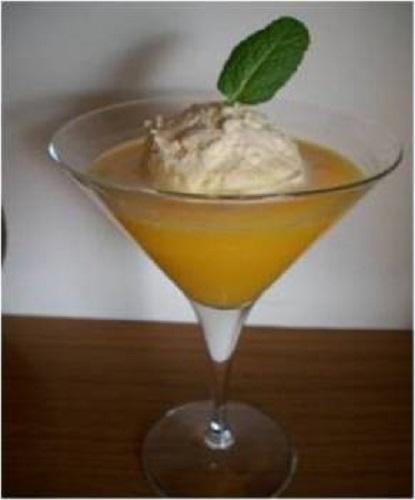 sopa de naranja con helado